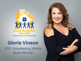 NEFAR member wins volunteering award from National Association of REALTORS®